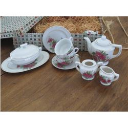 1955 CHILDS CHINA TEA SERVICE - COMPLETE