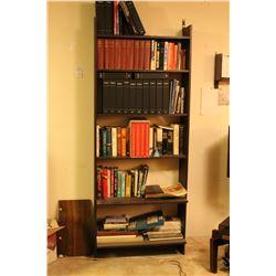 Bookshelf & Books B