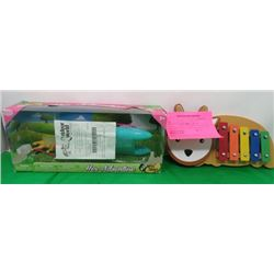 CHILDRENS XYLEPHONE AND HER ADVENTURE TOY SET