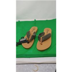 NATURAL REFLECTIONS SANDALS   SIZE 10