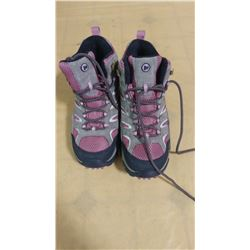 MERRELL MOAB 2 MIDUP   SIZE 8.5