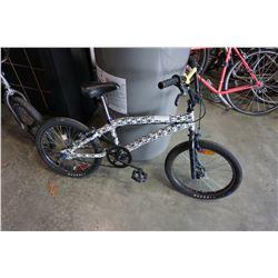 BLACK AND WHITE NO NAME BMX BIKE