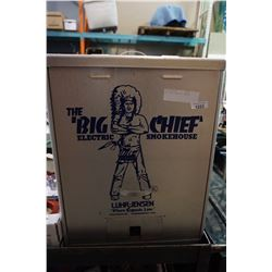BIG CHEIF ELECTRIC SMOKER