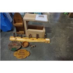 MOVIES SET CEDAR SIDE TABLE, COAT RACK, AND MESSAGE HOLDER