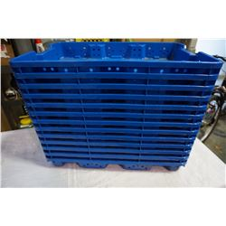 13 BLUE PLASTIC TRAYS