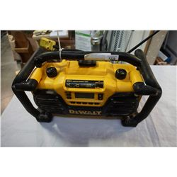 DEWALT DCO12 JOB SITE RADIO