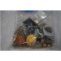 BAG OF JEWELRY, PINS
