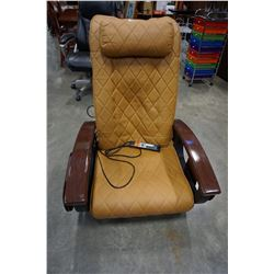 GULSTREAM MASSAGE CHAIR MODEL 9620 - WORKING