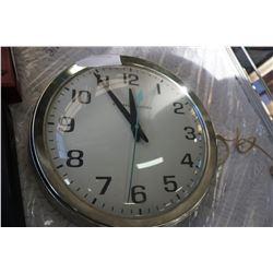 VINTAGE GERERAL ELECTRIC WALL CLOCK