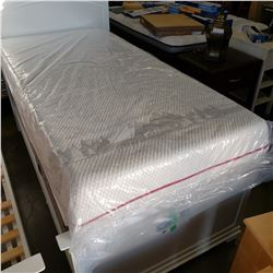 TWIN XL SIZE DOUGLAS MEMORY FOAM MATTRESS, WITH REMOVABLE COVER