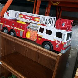 LARGE TONKA FIRE TRUCK