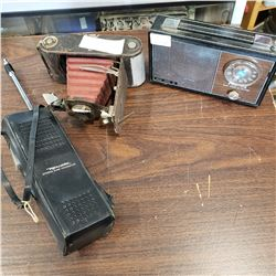 VINTAGE RADIO BELLOWS CAMERA AND REALISTIC CITZEN BAND TRANSCEIVER
