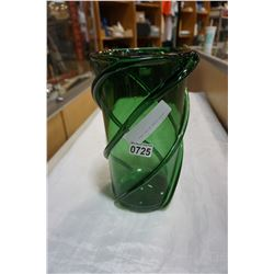 "18"" GREEN GLASS SPIRAL VASE"