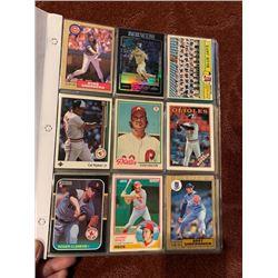 BINDER OF MLB VINTAGE CARDS, STARS