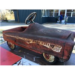 1950'S PLYMOUTH DESIGN 'FIRE CHIEF' PEDAL CAR