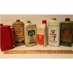 GR OF 6, PLASTIC OUTBOARD MOTOR OIL JUGS