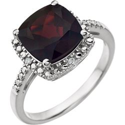 MOZAMBIQUE GARNET AND DIAMOND RING