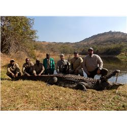 SEVEN DAY SOUTH AFRICAN CROCODILE HUNT FOR 1 HUNTER AND 1 OBSERVER
