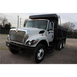 2014 INTERNATIONAL 7400 Dump Truck