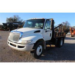 2011 INTERNATIONAL 4300 Boom / Bucket / Crane Truck