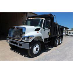 2009 INTERNATIONAL 7400 Dump Truck