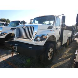 2011 INTERNATIONAL 7500 Water Truck
