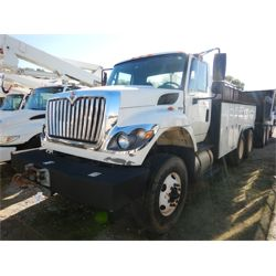 2012 INTERNATIONAL 7500 Water Truck