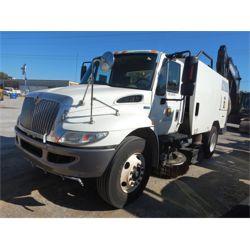 2013 INTERNATIONAL 4300 Sweeper Truck
