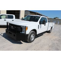2017 FORD F350 Service / Mechanic / Utility Truck