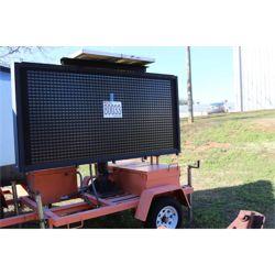 EARLY WARNER SIGN Arrowboard / Message Board