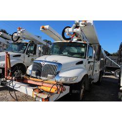 2010 INTERNATIONAL 4300 Sign / Boom / Bucket / Crane Truck
