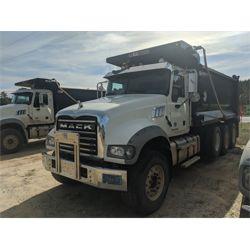 2015 MACK GU713 Dump Truck