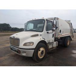 2010 FREIGHTLINER M2-106 Garbage / Sanitation Truck