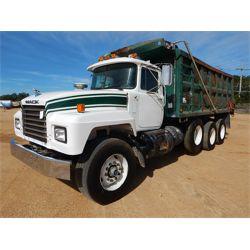 2001 MACK RD690S Dump Truck