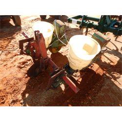 JOHN DEERE PLANTER Planting Equipment