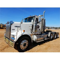 2006 KENWORTH W900 Day Cab Truck