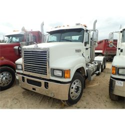 2014 MACK CHU613 Day Cab Truck