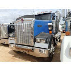 2007 KENWORTH W900 Day Cab Truck