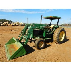1990 JOHN DEERE 2755 Tractor