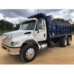 2003 INTERNATIONAL 7400 Dump Truck