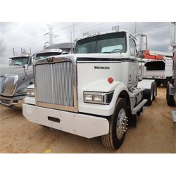 2014 WESTERN STAR 4900SF Day Cab Truck