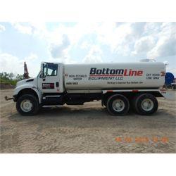 INTERNATIONAL 4400 DURASTAR Water Truck
