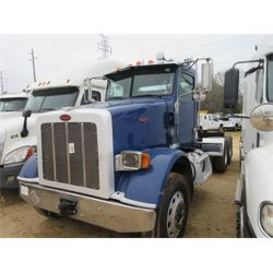 2012 PETERBILT 365 Day Cab Truck