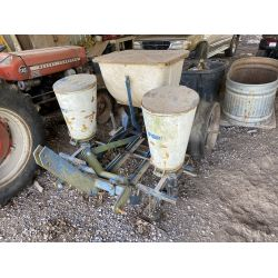 FORD 309 Planting Equipment