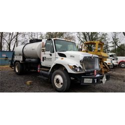 2010 INTERNATIONAL 7300 Asphalt / Hot Oil Truck