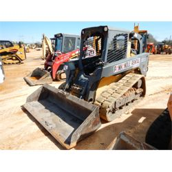 2015 JOHN DEERE 323D Skid Steer Loader - Crawler