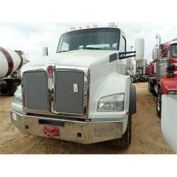 2016 KENWORTH T880 Concrete Mixer / Pump Truck