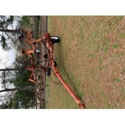 PEQUEA TR8 Rake Hay / Forage Equipment