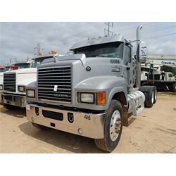 2012 MACK CHU613 Day Cab Truck