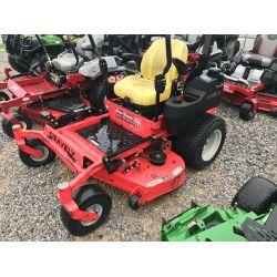 GRAVLEY PRO-TURN 252 Landscape Equipment